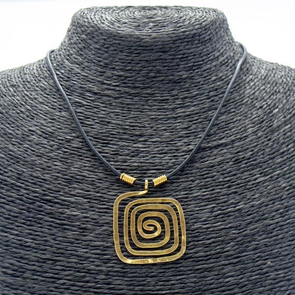 Collar Espiral & Baño Oro