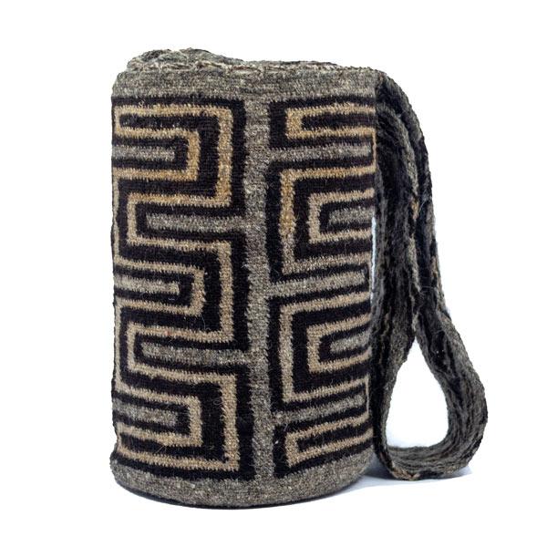 Mochila Arhuaca Original Colombiana: Encuentra las mejores Mochilas artesanales elaboradas por indígenas de la Sierra Nevada de Santa Marta