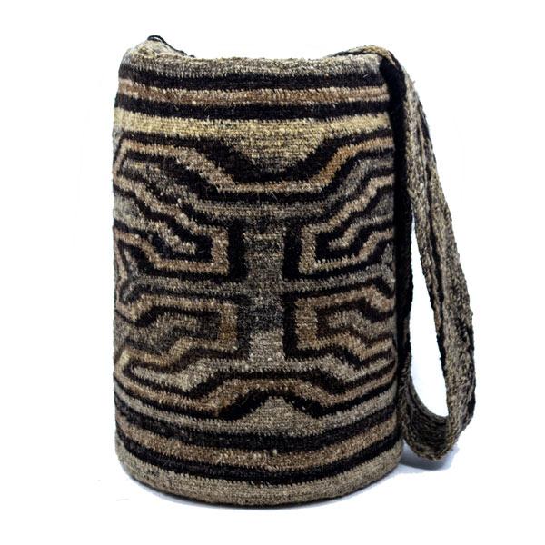 Mochila Arhuaca Original Colombiana: Encuentra las mejores Mochilas artesanales elaboradas por indígenas de la Sierra Nevada de Santa Marta en Crafts Colombia
