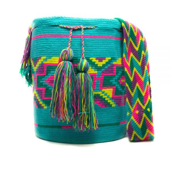 Mochila Wayúu Original Colombiana: Encuentra las mejores Mochilas artesanales elaboradas por indígenas Wayúu de la Guajira en Crafts Colombia