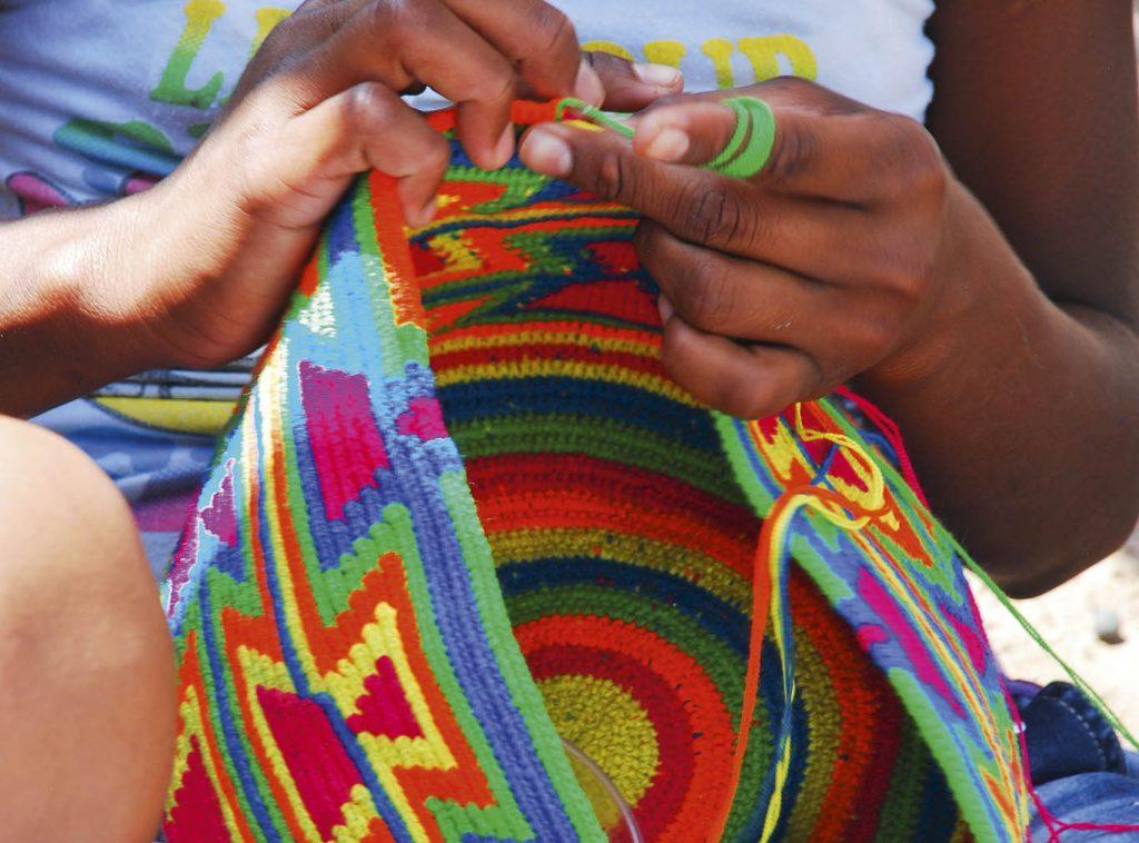MOCHILA WAYUU CRAFTS COLOMBIA